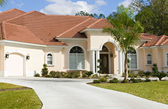 Garage Door Installation Services in Miami Beach, FL